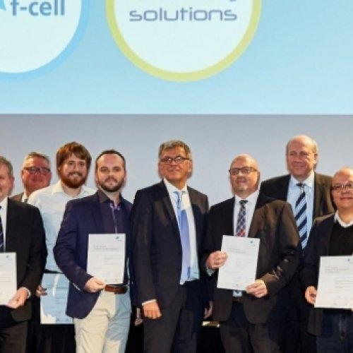 Bild: http://www.world-of-energy-solutions.de/f-cell-award-.html