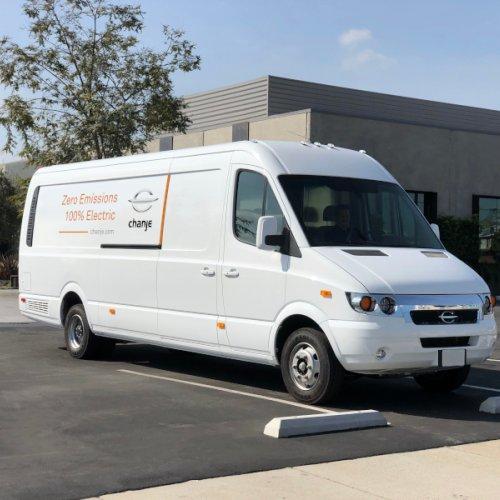 FedEx orders 1,000 electric vans