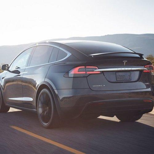 Tesla Model 3 für 35.000 Dollar, viele Stores werden geschlossen