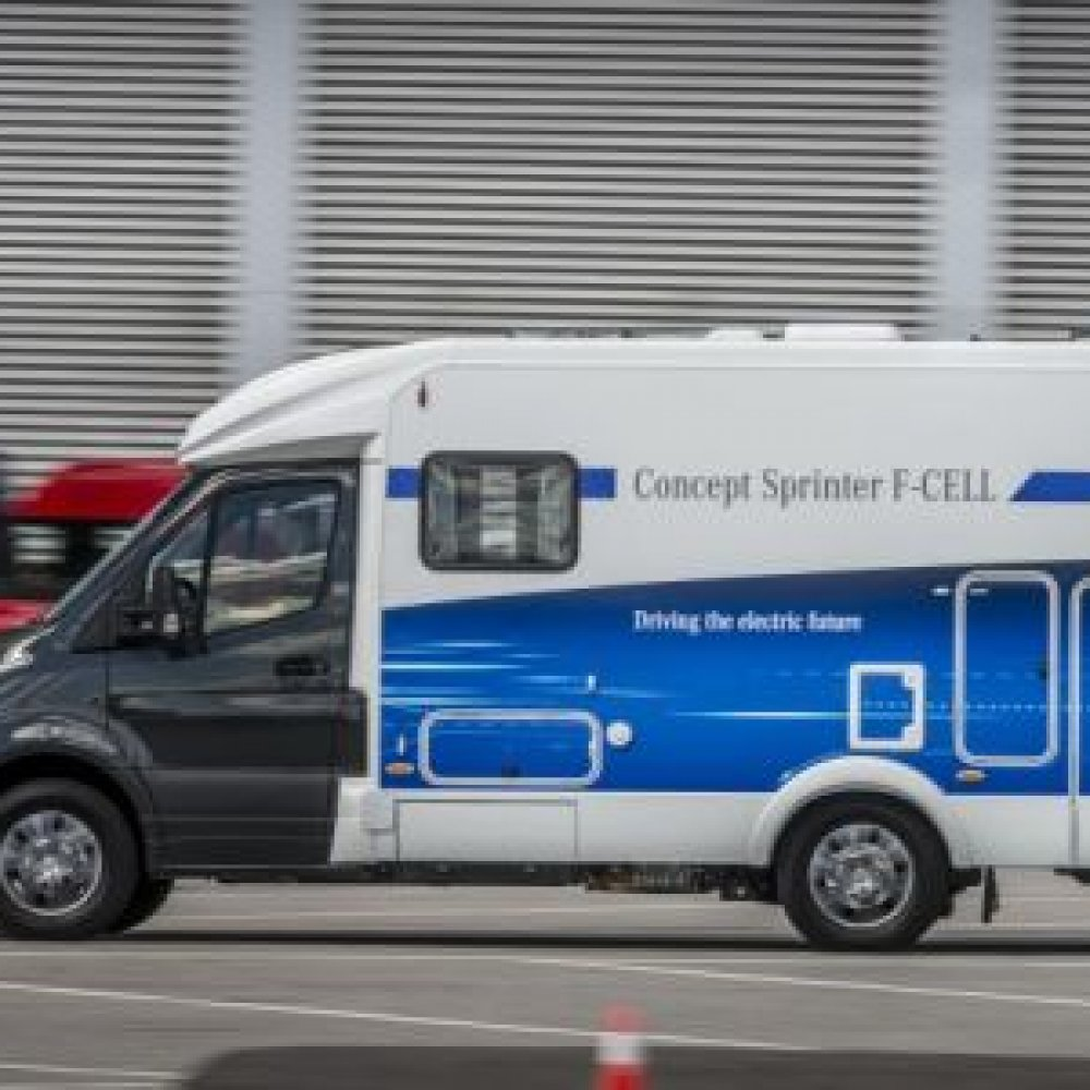 Mercedes stellt Sprinter F-Cell vor