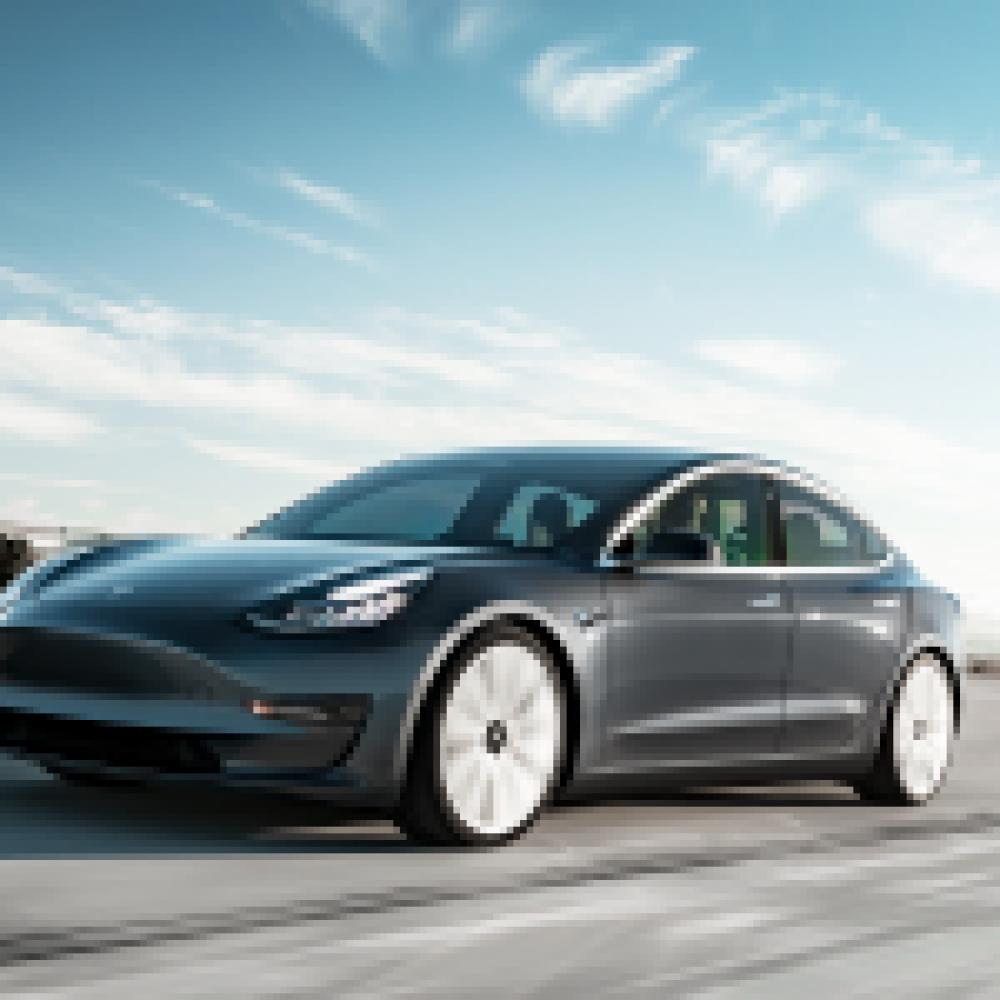 Tesla knackt bei Produktion und Absatz 80.000er-Marke