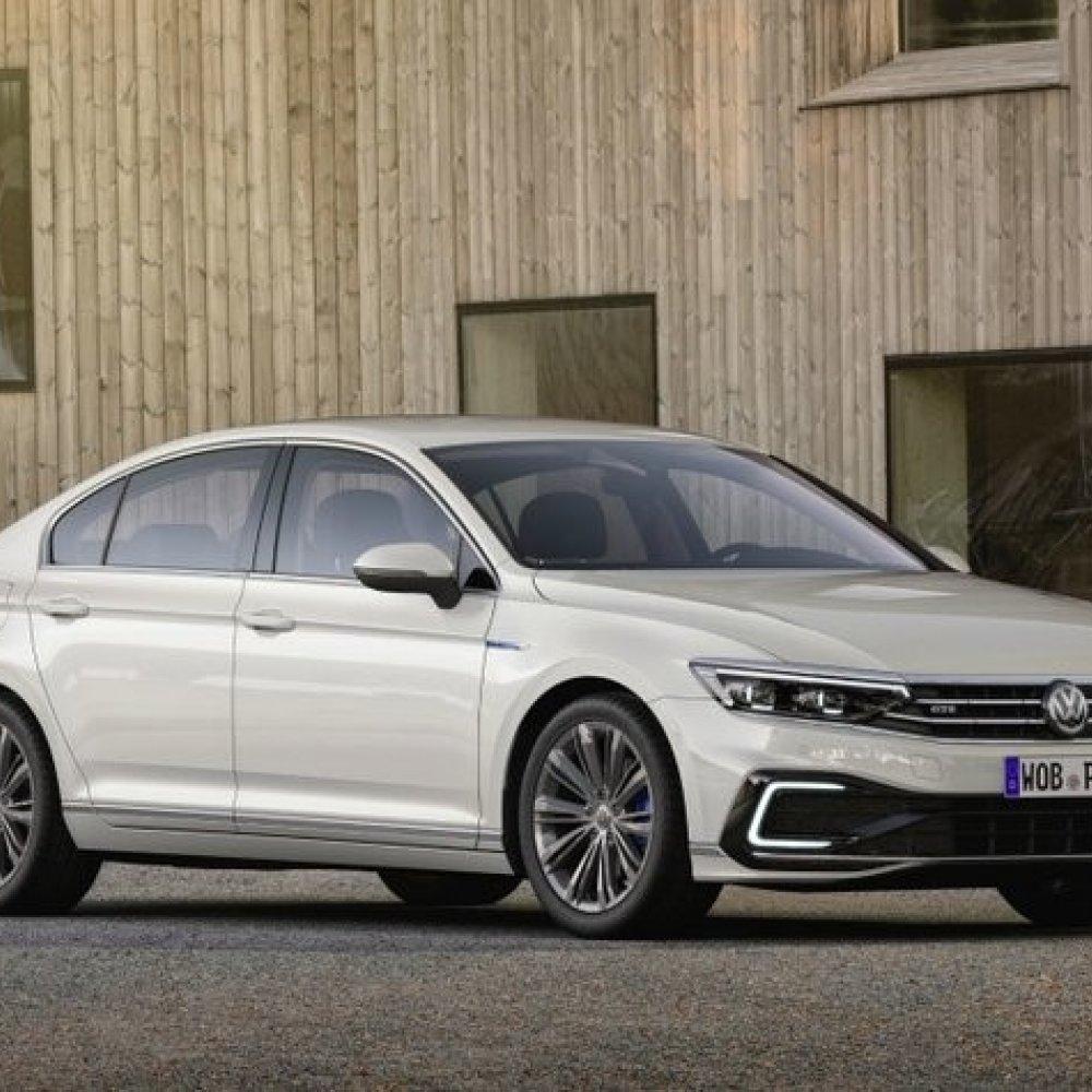 VW Passat mit saubererem Dieselmotor und teilautomatisiertem Fahren