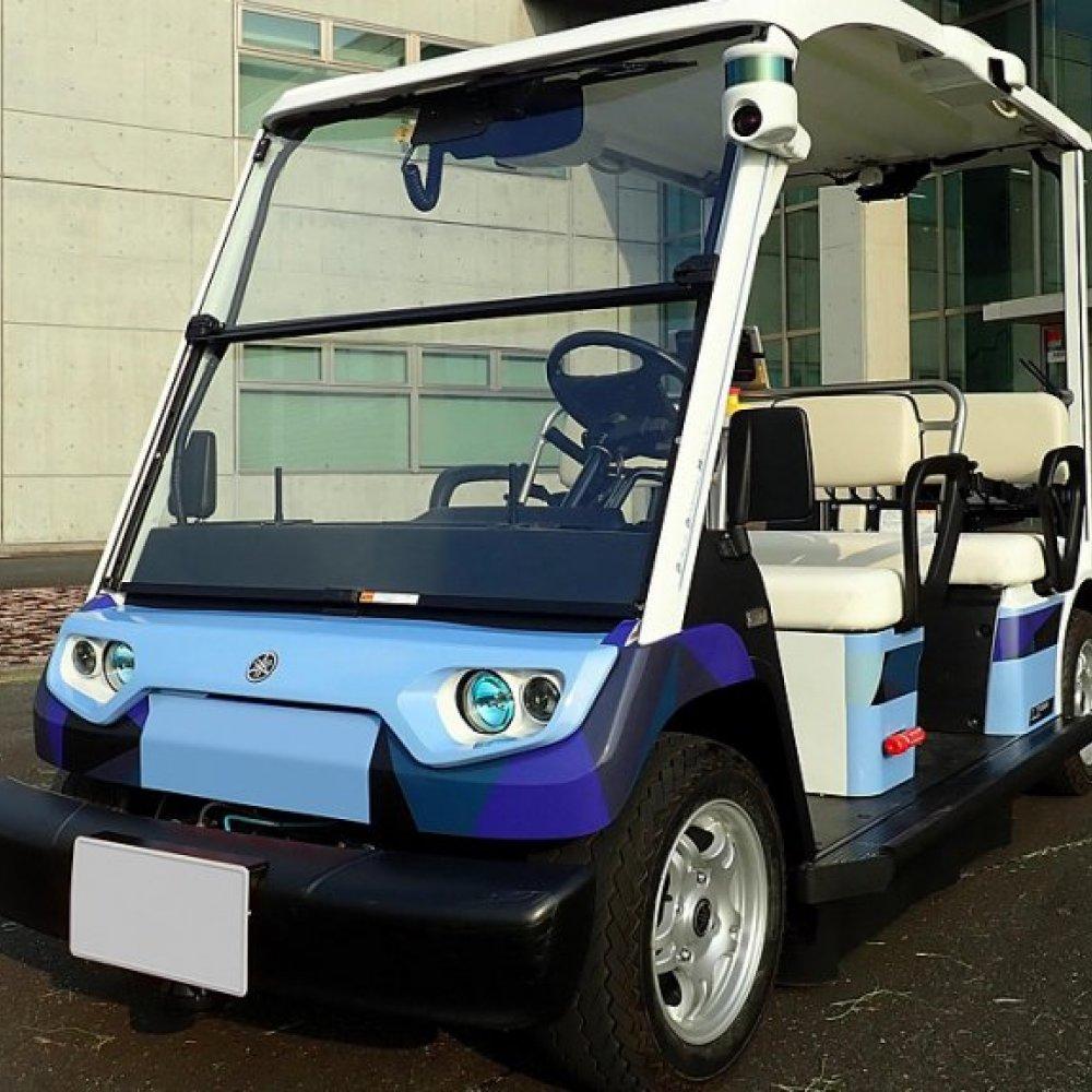 Yamaha testet in Japan langsam autonom fahrende Autos, die später vor allem Senioren in ländlichen Gegenden mobil machen sollen.